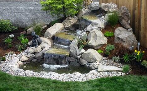 Как соорудить водопад своими руками на территории загородного дома