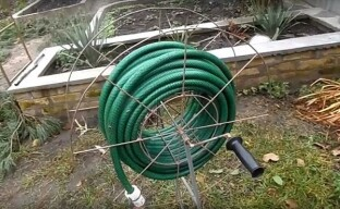 Изготовьте самостоятельно инструмент для полива участка