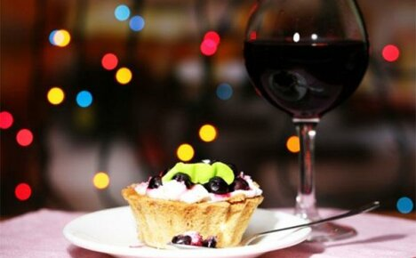 Оригинальное, вкусное, ароматное вино из ежевики