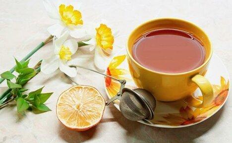 Любимые рецепты чая с лимоном и его полезные свойства