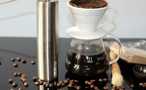 Любителям натурального кофе просто необходима ручная кофемолка из Китая