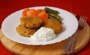 Котлеты из чечевицы – простое и сытное блюдо