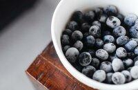 Что делать с замороженной черникой: несколько простых рецептов