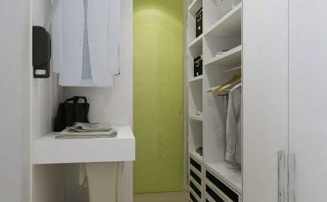 Как должна выглядеть гардеробная комната своими руками из кладовки