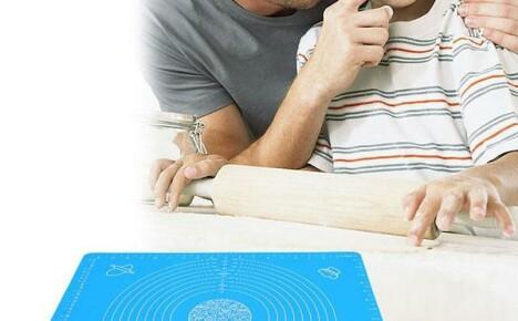 Яркий силиконовый коврик из Китая для раскатывания теста
