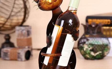 Подставка для вина Котенок из Китая — удивительный аксессуар на столе