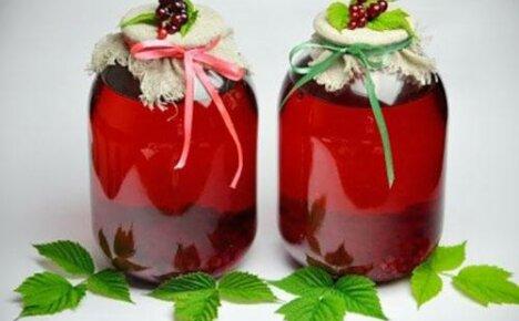 Восполняем недостающие витамины компотом из красной смородины