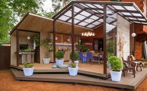 Закрытая и открытая летняя кухня в частном доме своими руками