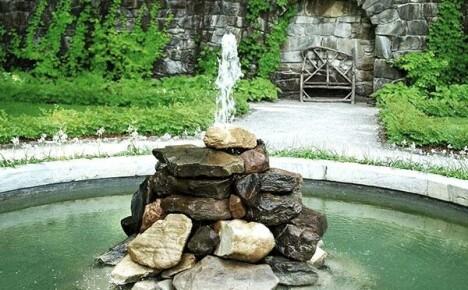 Как установить фонтан своими руками на дачном участке