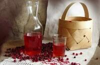 Вкусная и лечебная настойка самогона на клюкве — рецепт для домашнего приготовления