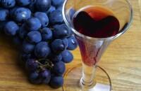 Настойка из винограда Изабелла на водке — два рецепта душистого напитка для гурманов