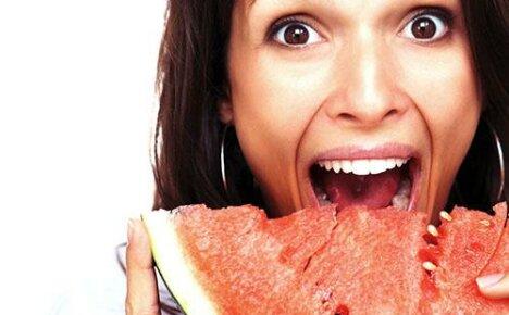 Что может произойти, если вы съедите много арбуза?