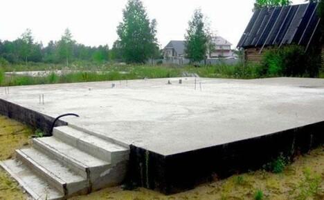 Фундамент монолитная плита: особенности конструкции и принципы монтажа