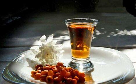 Живительный напиток на все случаи жизни – настойка из облепихи