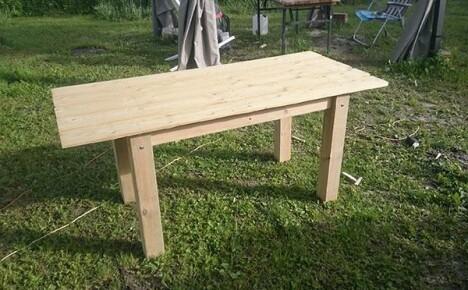 Как сделать стол своими руками надежным и красивым