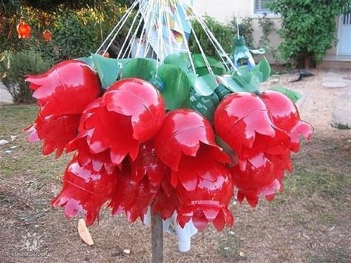 цветок из пластиковых бутылок