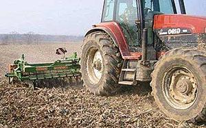 Обработка картофельного поля перед посадкой