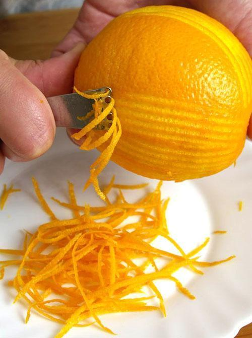 Апельсиновая цедра содержит флавоноиды