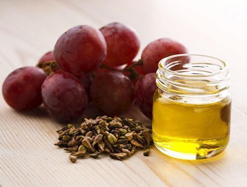 Масло косточек винограда полезно для кожи