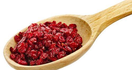 Сухой барбарис используют в качестве приправы