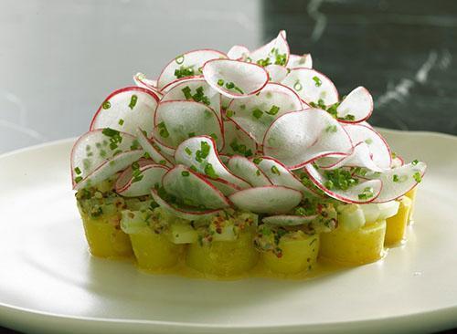 Витаминный салат из редиса