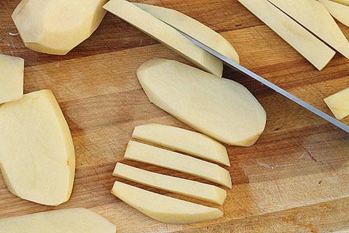 Картофель употребляют в любом виде