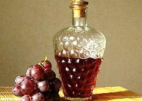 Красный виноградный уксус