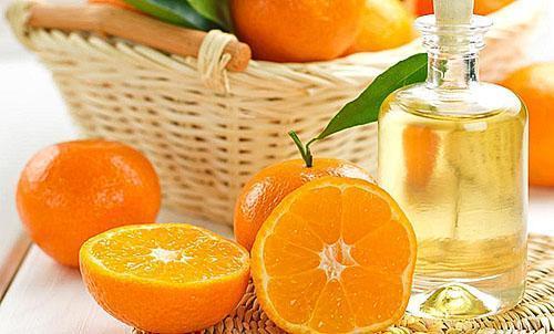 Повысить тонус и улучшить самочувствие поможет масло мандарина