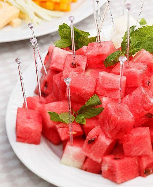 При пищевом отравлении откажитесь от употребления арбуза