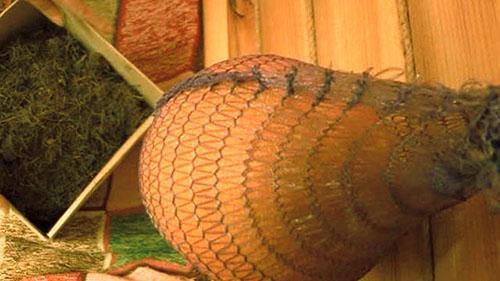 Хранение дыни в подвешенном состоянии
