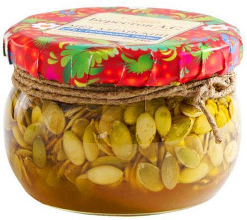 Лекарство из очищенных семян тыквы и меда