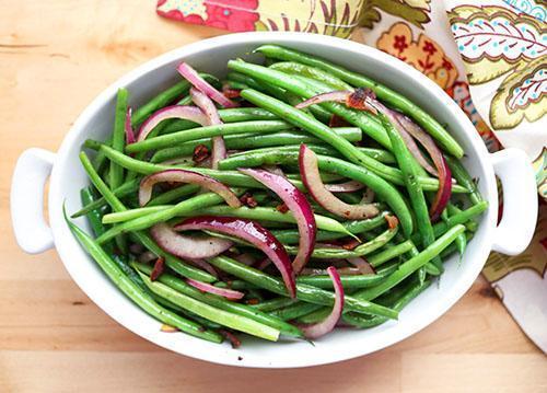 Салат из замороженной отварной фасоли