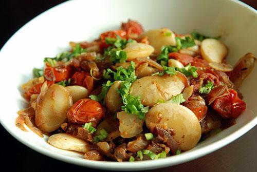 Спелые сухие семена хранятся долго и пригодны для приготовления пищи