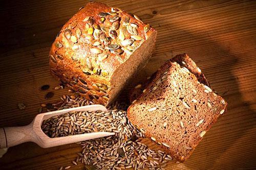 Тыквенную муку и ядра семян делают выпечку намного качественней