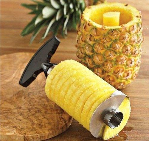 Только в свежем и замороженном ананасе сохраняются важные полезные свойства