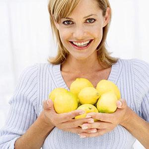 Потребление лимона при беременности нужно ограничить
