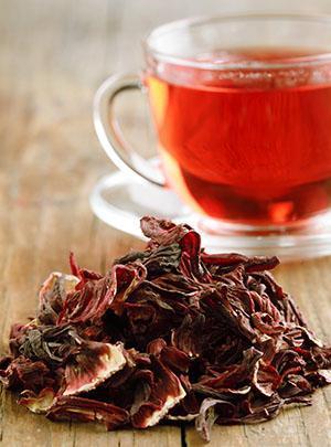 У чая гибискуса или каркаде особый цвет и вкус