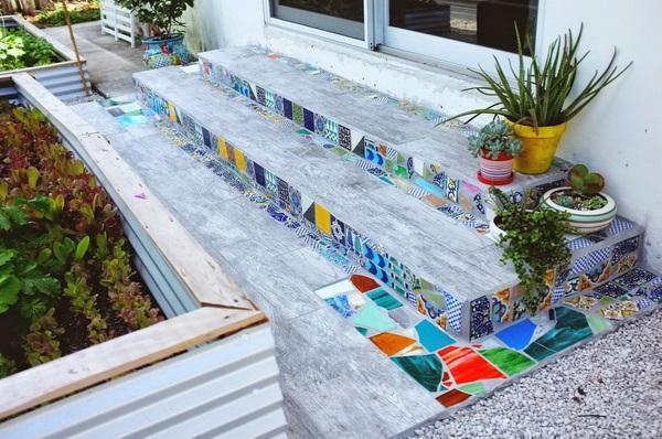 Мозаика на ступенях