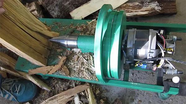 Винтовой дровокол с двигателем от стиральной машинки