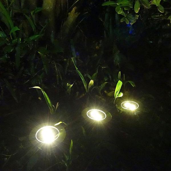 светильники в саду