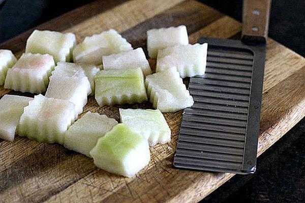 красиво нарезать корки арбуза