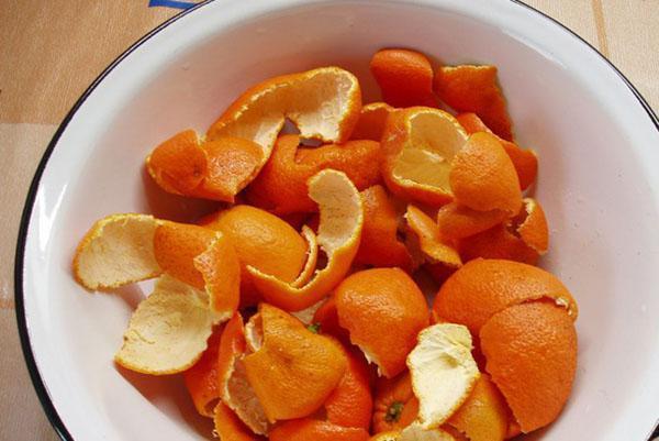 помыть кожуру мандарин