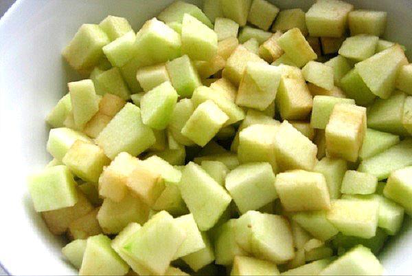яблоки и дыня кубиками