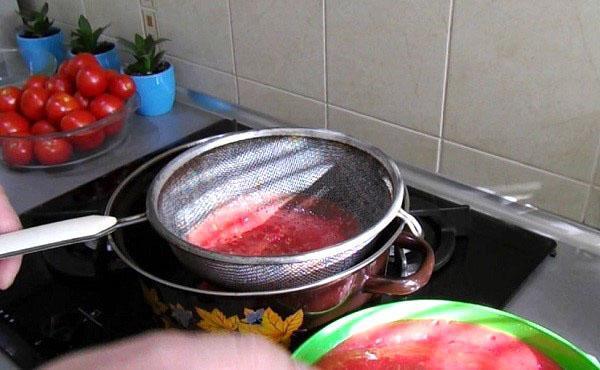 варить томатный сок