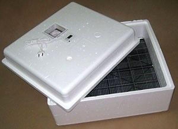 модель инкубатора идеальная наседка
