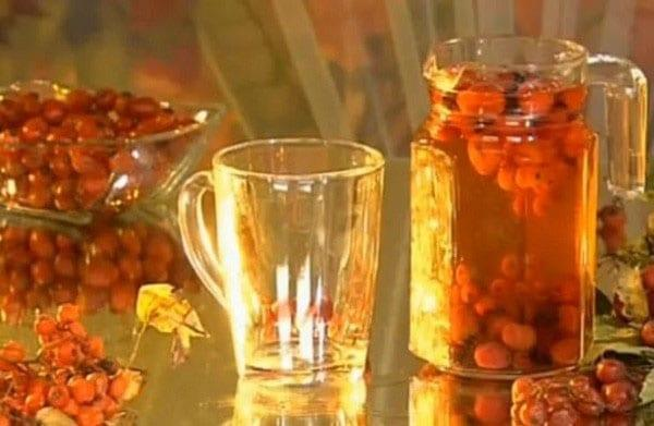 компот из сушеного шиповника с апельсиновым соком