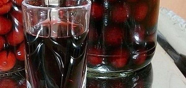 ароматная наливка из вишни