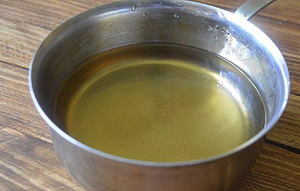 сахарный сироп с ванилью и кислотой