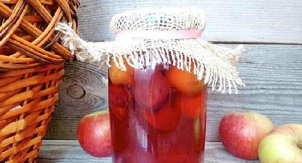 залить плоды сиропом и закатать