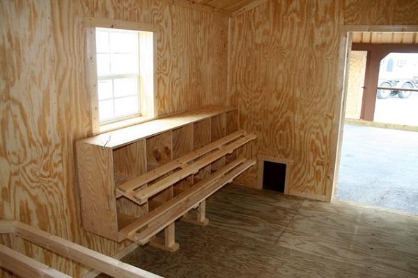 деревянный курятник